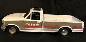 ERTL CASE IH Metal Toy Ford Pickup Truck - Very Detailed