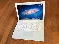 MacBook White Model A1181 2.4 GHz intel Core Duo 2 Gb 160 GB HD No Reserve
