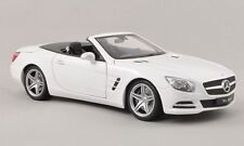 Mercedes SL500 (R231) Convertible 2012 White 1:18 Model 18046C-WE WELLY