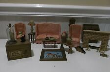 LARGE LOT OF VINTAGE MINIATURE DOLL HOUSE WOODEN FURNITURE & ACCESSORIES