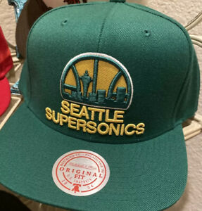 Seattle Supersonics Green And Yellow Mitchell And Ness OG Logo Snapback Hat
