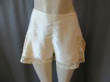 Vintage 1920's Flapper Silk and Lace Tap Panties by Dubrulle Paris France