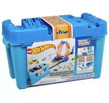 Hot Wheels FLK90 Builder Multi Loop Box Playset and Connectable Track Play Set with Car