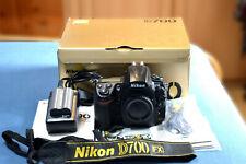Nikon D700 12,1 MP SLR-Digitalkamera - Schwarz (Nur Gehäuse)
