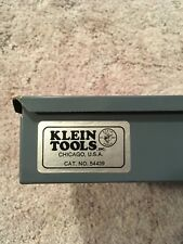 Klein Tools 54439 Mid-Size Storage Box, 20-Compartment