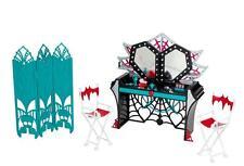 2014 Monster High Frights, Camera, Action Black Carpet Dressing Room Playset