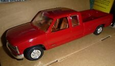 AMT 1993 CHEVROLET C-1500 EXTENDED cab RED AMT 1/25 Model Car Mountain PROMO