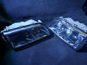 VOLVO V40 S40 2001-2004 FRONT RIGHT LEFT SIDE HEADLIGHT LAMP LIGHT 08-773-1109