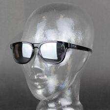 Occhiali da sole da uomo con lenti in nero ovale con tecnologia lenti antiriflesso