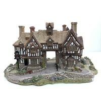 LILLIPUT LANE - THE KINGS ARMS-  L419 - Rare - Boxed With Deeds