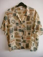 Ladies lightweight patterned multi S/S blouse size 18 / euro 46
