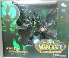 WOW World of Warcraft Demon Form Illidan Stormrage Action Figure Toy Collection
