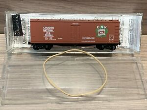 N Scale Micro-trains Canadian National 40' Double Sheathed Wood Reefer 47200 CN
