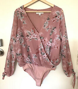 FOREVER NEW Floral Bodysuit Size S #21430