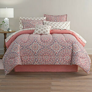 Calista Bohemian Queen complete bedding set Comforter and all sheets NEW