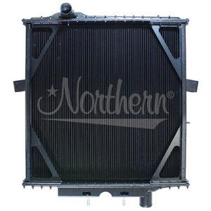 Northern 239298 Peterbilt 385 377 Shortnose Truck 4 Row Radiator 1A17047 1A19325