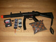 Airsoft Elite MP5 gun rifle with 3 batteries and charge4