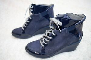 TSUBO Dark Navy Suede Leather Dess High Top Wedge Sneaker Boots 10US 1002503 EUC