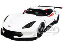 CHEVROLET CORVETTE C7 R PLAIN WHITE VERSION 1/18 MODEL CAR BY AUTOART 81650