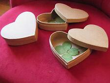 Un vrai TRÈFLE à 4 FEUILLES dans une boîte cœur !