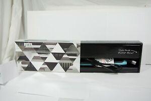 NEW Calista Maria McCool Triangle Heated Hair Brush Styler  Ceramic Teal blue