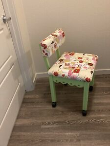 Arrow Wood Sewing/Craft Chair In Lime Green. Under Seat Storage.