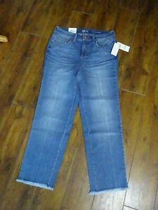 "Ladies Jeans Style & Co Straight Stretch Crop Size 8 Leg 25""  BNWT"