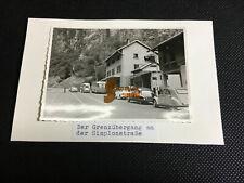 altes Foto - Autos am Grenzübergang Simplonstraße / Schweiz-Italien