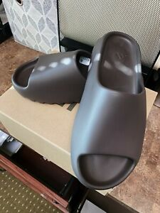 adidas Yeezy Slide Men's Sandal - Soot