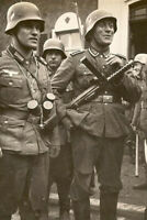"""Deutscher Soldat bewaffnet mit einer MP34 WW2 War Photo """"4 x 6"""" inch С"""
