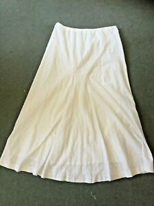COUNTRY CASUALS - white long broderie anglais cotton boho skirt - Size L 14/16