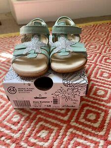 Clarkes Baby Girl Zora Summer Sandals 3.5 F