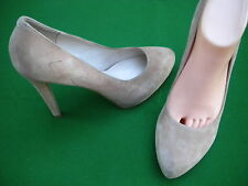 LADIES LIKE NEW  WITCHERY MUSHROOM SUEDE LEATHER HEEL   SHOES SIZE 10