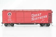 HO Silver Streak Great Northern (GN) 50ft Wood-Side / Wood Door Auto Car