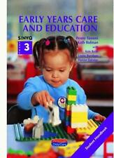 Early Years Care and Education: Student Handbook S/NVQ Level 3 (S/NVQ Early Ye,