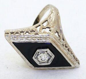 Antique 14K white gold 0.20CT diamond & onyx filigree cocktail ring size 6.25