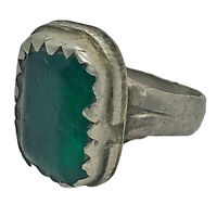 Authentic Late Or Post Medieval Ring Artifact With Green Stone - Antiquity Old -