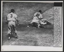 1949 Original Baseball Wire Photo - Brooklyn Ties The Score (Cards vs Dodgers)