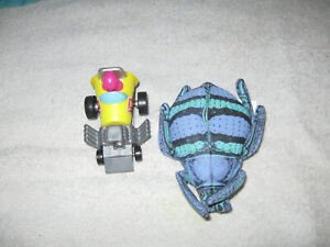 VINTAGE LOT OF 2 WENDY'S TOYS Car and Bug