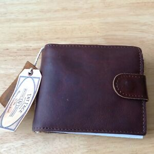 FatFace  Chestnut Brown Raw Edge Leather Wallet BRAND NEW