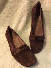 Clarks Women's Dark Burgundy Slip On Shoe Size 8.5 M US Style 74122 Floral 8 1/2