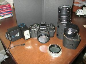 Minolta X-700 35MM XLR film camera body w/extra Vivitar lenses & flash, manual