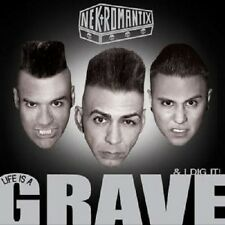 "NEKROMANTIX ""LIFE IS A GRAVE AND I DIG IT"" CD NEUWARE"