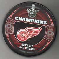 Detroit Red Wings 2008 NHL Stanley Cup Champions Hockey Puck + FREE Cube