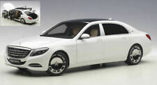 Mercedes Maybach S-klasse (S600) 2016 White 1:18 Model 76291 AUTOART
