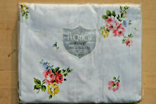 Pequot ~ TWIN FITTED Sheet ~ White ~ Gay Floral ~ Muslin ~ 100% Cotton ~ Vintage