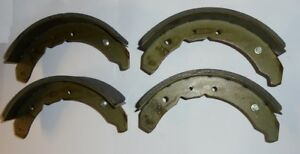 MORRIS 12 1936  TO 1942 NEW SET OF 4 REAR BRAKE LININGS WITH RIVETS D18