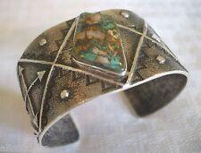 Signed NAVAJO Crow Springs Turquoise & Sterling Silver TUFA Cuff BRACELET Quartz