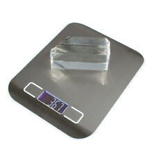 5KG/1G Digital LCD Electronic Kitchen Scale White Silver in kitchen