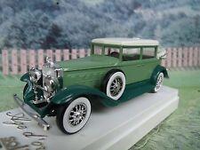 1/43  Solido (France)  Cadillac 452  #4085